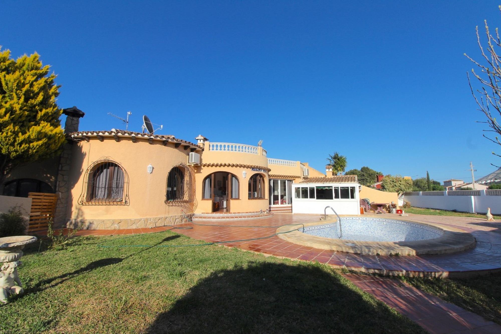 Villa a la Venta en Denia