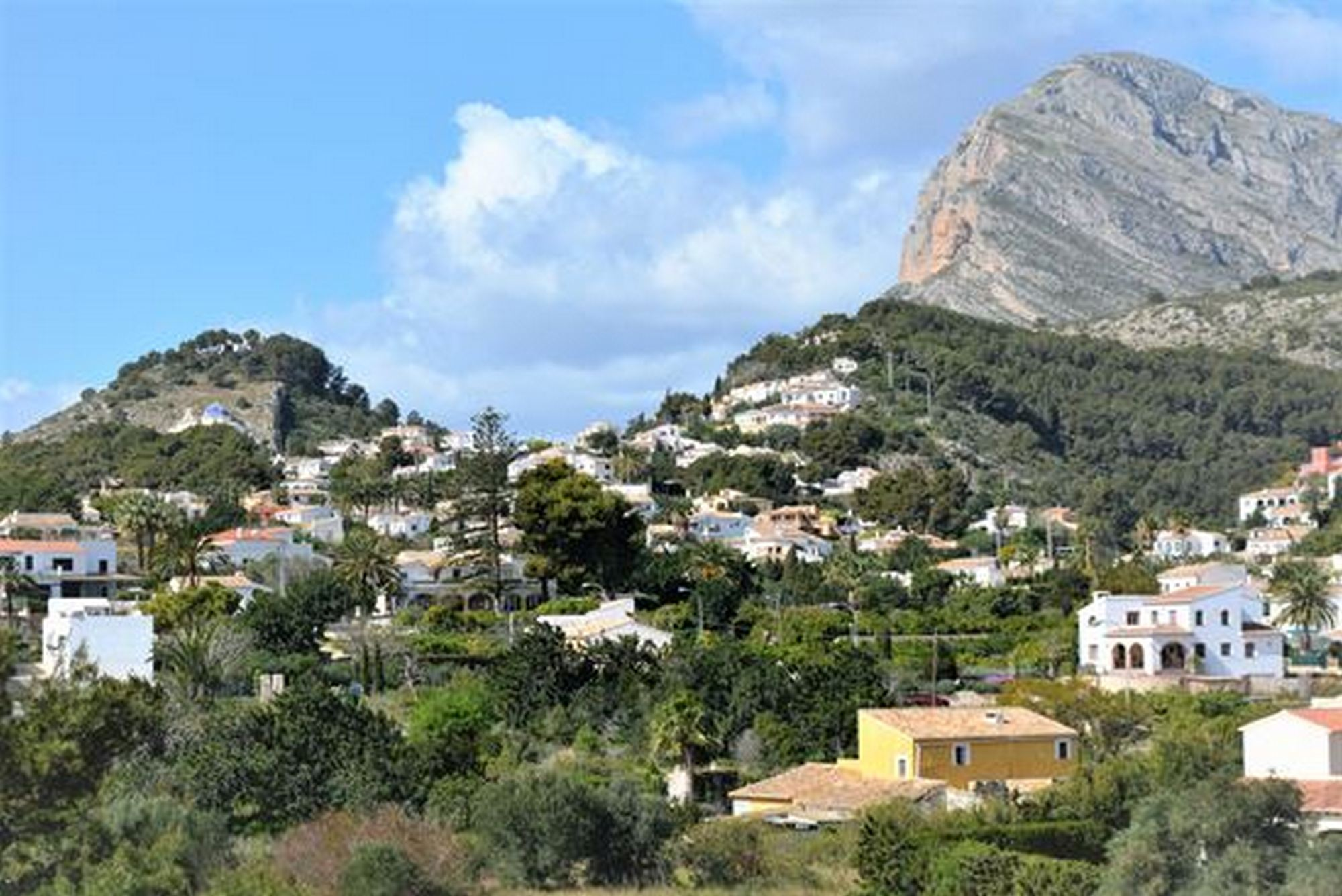 Penthouse Duplex for Rent in Javea